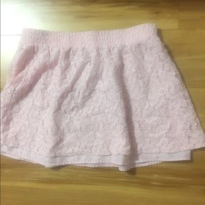Candies pink mini skirt says L but more like M